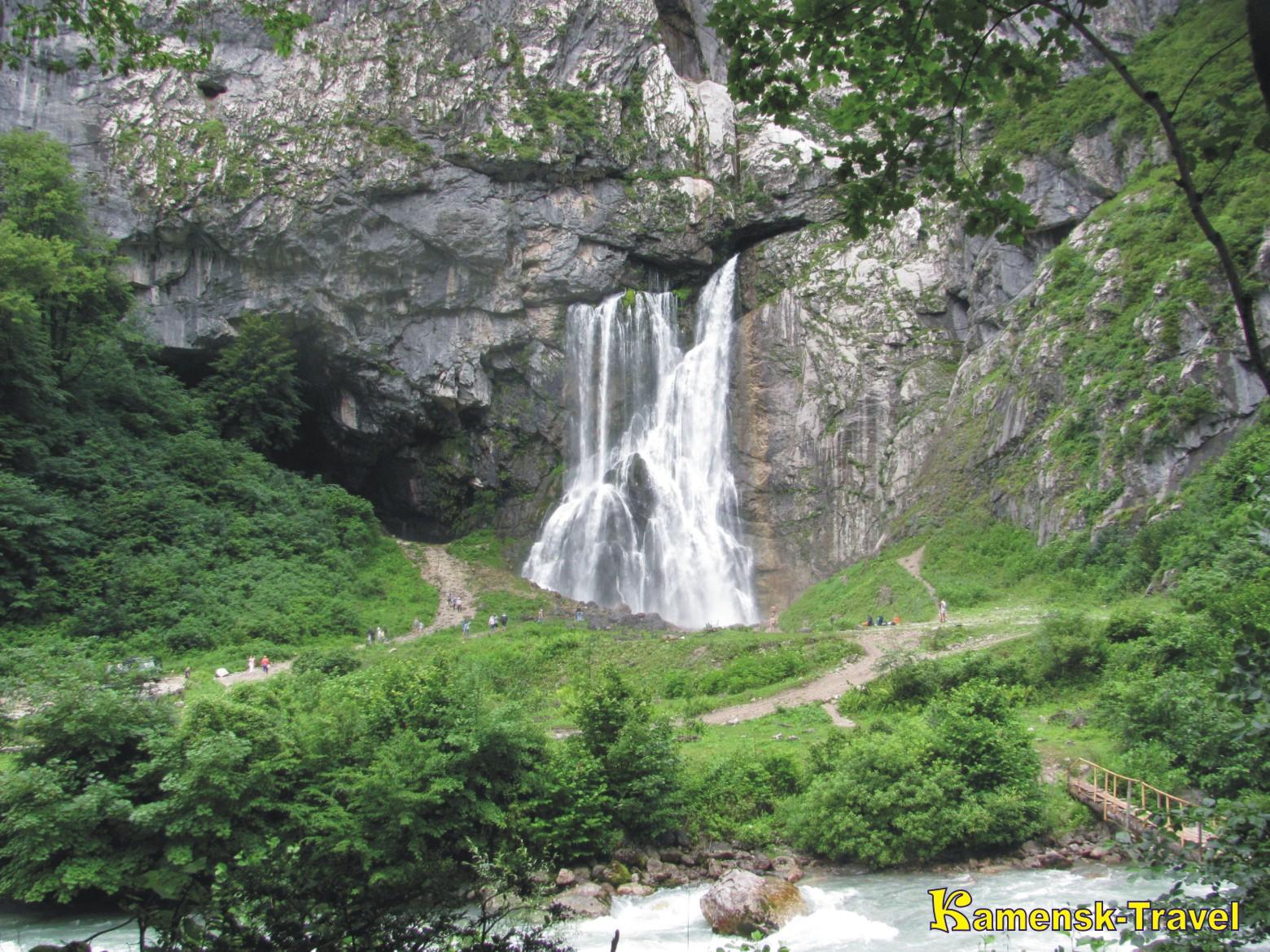 Гегский водопад, отдых в Абхазии