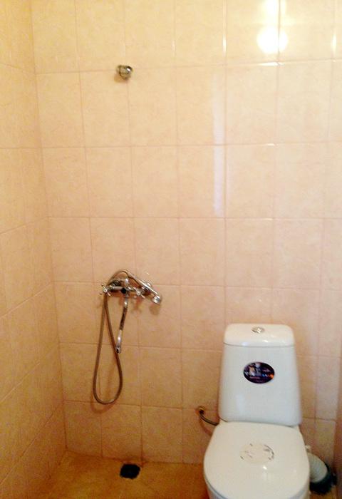 туалет и душ гостиница Лулу гагра